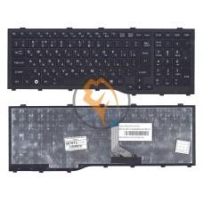 Клавиатура для ноутбука Fujitsu LifeBook AH532 NH532 черная рамка, вертикальный enter, черная RU